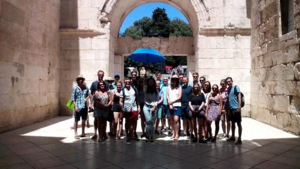 split-walking-tours-day